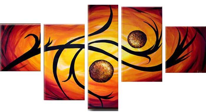 Картина Арт78 Твой дом, модульная, 200 х 120 см. арт780072арт780072Ничто так не облагораживает интерьер, как хорошая картина. Особенную атмосферу создаст крупное художественное полотно, размеры которого более метра. Подобные произведения искусства, выполненные в традиционной технике (холст, масляные краски), чрезвычайно капризны: требуют сложного ухода, регулярной реставрации, особого микроклимата – поэтому они просто не могут существовать в условиях обычной городской квартиры или загородного коттеджа, и требуют больших затрат. Данное полотно идеально приспособлено для создания изысканной обстановки именно у Вас. Это полотно создано с использованием как традиционных натуральных материалов (холст, подрамник - сосна), так и материалов нового поколения – краски, фактурный гель (придающий картине внешний вид масляной живописи, и защищающий ее от внешнего воздействия). Благодаря такой композиции, картина выглядит абсолютно естественно, и отличить ее от традиционной техники может только специалист. Но при этом изображение отлично...