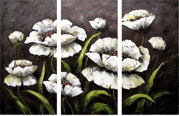 Картина Арт78 Белые цветы, модульная, 80 х 60 см. арт780064-3арт780064-3Ничто так не облагораживает интерьер, как хорошая картина. Особенную атмосферу создаст крупное художественное полотно, размеры которого более метра. Подобные произведения искусства, выполненные в традиционной технике (холст, масляные краски), чрезвычайно капризны: требуют сложного ухода, регулярной реставрации, особого микроклимата – поэтому они просто не могут существовать в условиях обычной городской квартиры или загородного коттеджа, и требуют больших затрат. Данное полотно идеально приспособлено для создания изысканной обстановки именно у Вас. Это полотно создано с использованием как традиционных натуральных материалов (холст, подрамник - сосна), так и материалов нового поколения – краски, фактурный гель (придающий картине внешний вид масляной живописи, и защищающий ее от внешнего воздействия). Благодаря такой композиции, картина выглядит абсолютно естественно, и отличить ее от традиционной техники может только специалист. Но при этом изображение отлично...