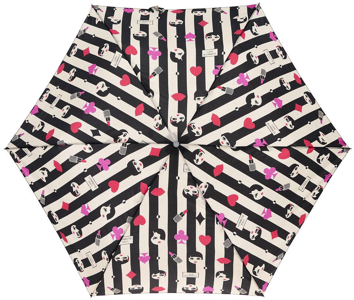 Зонт женский Lulu Guinness Superslim, механический, 3 сложения, цвет: черный, бежевый. L718-2683L718-2683 DollFaceIconСтильный механический зонт Lulu Guinness Superslim в 3 сложения даже в ненастную погоду позволит вам оставаться элегантной. Облегченный каркас зонта выполнен из 6 спиц из фибергласса и алюминия, стержень также изготовлен из алюминия, удобная рукоятка - из пластика. Купол зонта выполнен из прочного полиэстера. В закрытом виде застегивается хлястиком на кнопке. Яркий оригинальный орнамент поднимет настроение в дождливый день. Зонт механического сложения: купол открывается и закрывается вручную до характерного щелчка. На рукоятке для удобства есть небольшой шнурок, позволяющий надеть зонт на руку тогда, когда это будет необходимо. К зонту прилагается чехол, который застегивается на липучку. Чехол оформлен нашивкой с названием бренда. Такой зонт компактно располагается в кармане, сумочке, дверке автомобиля.