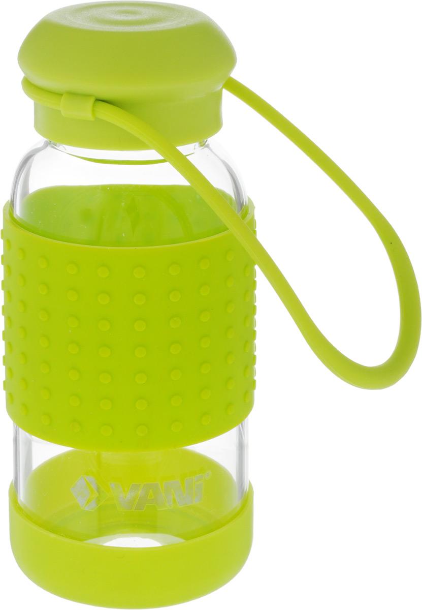 Бутылка для воды VANI, 360 млVF130Многоразовая бутылка для воды VANI пригодится в спортзале, на прогулке, дома и на даче. Бутылка выполнена из высококачественного упрочненного стекла, она способна выдержать температуру от -20 до 100°С. Имеет силиконовую ручку для переноски. Крышка изготовлена из пищевого пластика, нержавеющей стали и силиконового кольца. Герметично закрывается. Силиконовые вставки на стекле предохраняют от ожогов и скольжения в руках. Диаметр горлышка: 4 см. Высота бутылки (с учетом крышки): 15,8 см. Диаметр дна: 6,5 см.
