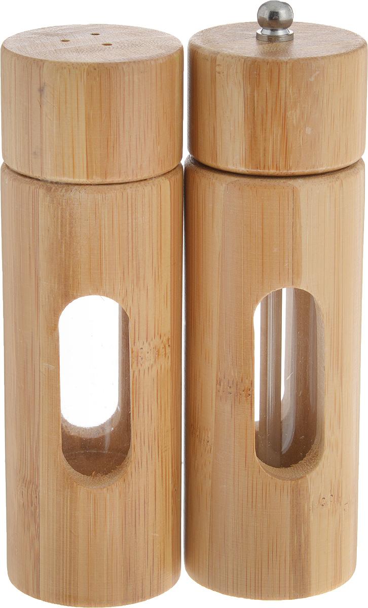 Набор для специй Kesper, 2 предмета. 1364-51364-5Набор Kesper состоит из двух емкостей для специй, изготовленных из высококачественного бамбука с акриловыми вставками, которые позволяют видеть количество содержимого в емкости. Одно изделие оснащено желобом для помола перца, а другое изделие оснащено откручивающейся крышкой с отверстиями. Стильная форма этих емкостей привлекает внимание и будет уместна на любой кухне. Размер солонки: 5 х 5 х 15 см. Размер перечницы: 5 х 5 х 16 см.