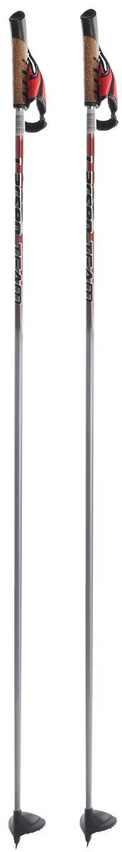 Палки лыжные Larsen Team, алюминиевые, длина 145 см221852-145Спортивные палки Larsen Team - это превосходный выбор для любителей активного катания на лыжах. Модель выполнена из легкого алюминия. Рукоятка выполнена из синтетической пробки и полипропилена, она имеет удобный хват, рука не мерзнет и не скользит по ручке. Гоночный темляк с конструкцией капкан удобно надевается и надежно поддерживает кисть. Облегченная лапка с твердосплавным наконечником не проваливается в снег. Спортивные палки подойдут как начинающим лыжникам, так и опытным спортсменам. Длина палок: 145 см.