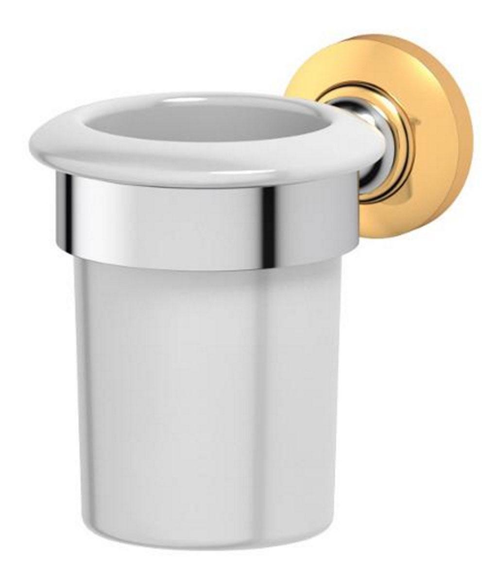 Держатель со стаканом для ванной комнаты 3SC Stilmar, цвет: хром, золото. STI 103STI 103Дизайн коллекций компании 3SC оригинален и узнаваем. Цель дизайнеров — находить равновесие между эстетикой и функциональностью. Это обдуманная четкая философия, которая проходит через все процессы производства мастерской региона Тоскана.Многолетний опыт, воплощение социальных и культурных традиций, а также постоянный поиск новых решений?– все это сконцентрировано в коллекциях 3SC. Особенное внимание уделяется декоративной отделке изделий, которая выполнена умелыми руками настоящих итальянских мастеров. Разнообразие стилей позволяет удовлетворить различные вкусы клиента от «классики» до «хай-тек», давая возможность гармонично сочетать аксессуары с зеркалами и освещением.