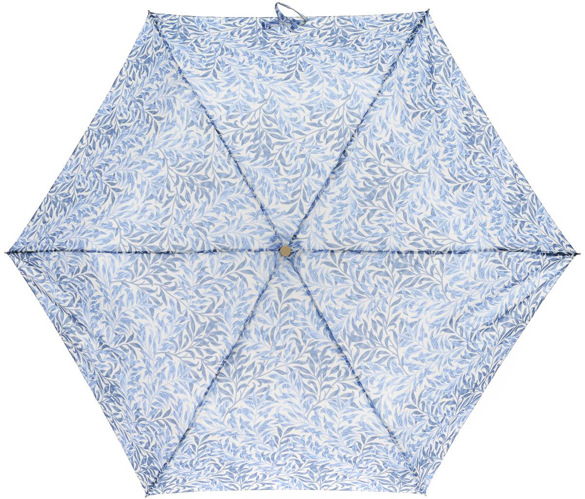 Зонт женский Morris & Co Superslim, механический, 3 сложения, цвет: белый, голубой. L714-1603L714-1603 WillowboughMinorСтильный механический зонт Morris & Co Superslim в 3 сложения даже в ненастную погоду позволит вам оставаться элегантной. Облегченный каркас зонта выполнен из 6 спиц из фибергласса и алюминия, стержень также изготовлен из алюминия, удобная рукоятка - из пластика. Купол зонта выполнен из прочного полиэстера. В закрытом виде застегивается хлястиком на кнопке. Яркий оригинальный принт в виде изображения листиков поднимет настроение в дождливый день. Зонт механического сложения: купол открывается и закрывается вручную до характерного щелчка. На рукоятке для удобства есть небольшой шнурок, позволяющий надеть зонт на руку тогда, когда это будет необходимо. К зонту прилагается чехол который дополнительно застегивается на липучку. Чехол оформлен небольшой нашивкой с названием бренда. Такой зонт компактно располагается в кармане, сумочке, дверке автомобиля.