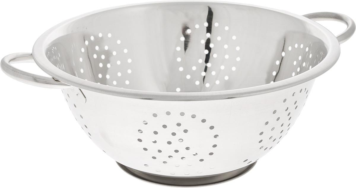 Дуршлаг SSW, диаметр 28 см480628Дуршлаг SSW, изготовленный из высококачественного металла, станет полезным приобретением для вашей кухни. Он предназначен для сливания жидкости, например, после варки макаронных изделий, круп или картофеля. Также дуршлаг используется для мытья и промывания ягод, грибов, мелких фруктов и овощей. Дуршлаг оснащен устойчивым основанием и удобными ручками по бокам. Диаметр (по верхнему краю): 28 см. Ширина (с учетом ручек): 35 см. Диаметр основания: 14 см. Высота: 11 см.
