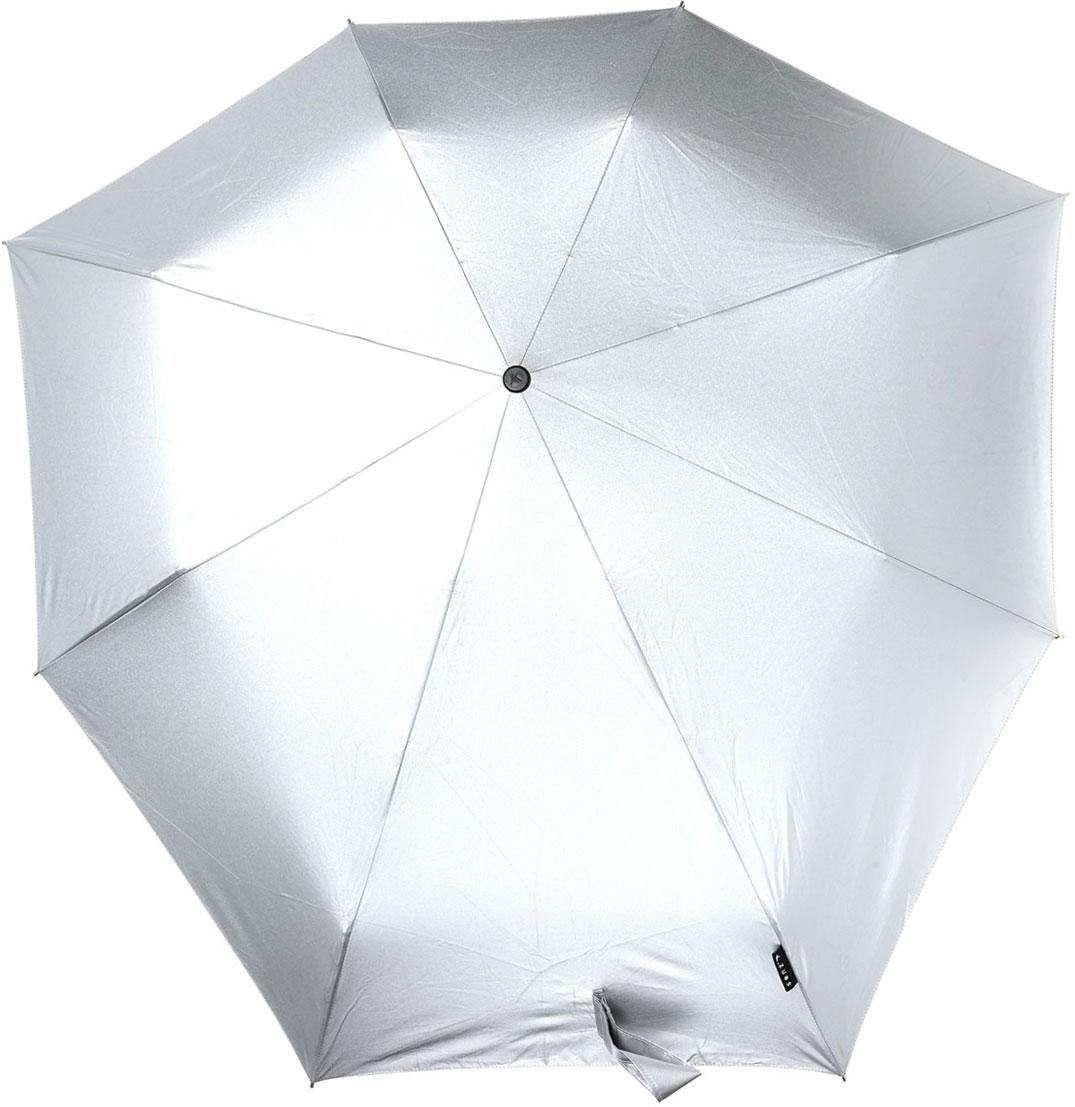 Зонт Senz, механический, цвет: металлик. 11110201111020Стильный механический зонт Senz оформлен в лаконичном стиле. Оригинальный каркас зонта выполнен из фибергласса, а удобная рукоятка - из пластика. Купол зонта из прочного полиэстера изготовлен так, что вы легко найдете самое удобное положение на ветру - без паники и без борьбы со стихией. В закрытом виде застегивается хлястиком на липучке. Зонт механического сложения: купол открывается и закрывается вручную до характерного щелчка. На рукоятке для удобства есть небольшой шнурок, позволяющий надеть зонт на руку тогда, когда это будет необходимо. К зонту прилагается чехол, дополненный небольшим хлястиком. Благодаря своей усовершенствованной конструкции, зонт не выворачивается наизнанку даже при сильном ветре. Это улучшенная модель компактного противоштормового зонта Smart.
