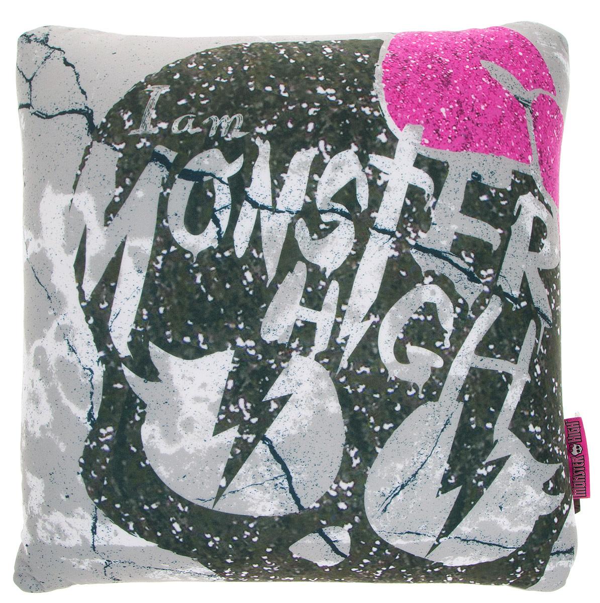 Maxi Toys Подушка Monster High цвет серый оливковый розовыйMT-H091418Яркая и оригинальная подушка Maxi Toys Monster High станет отличным аксессуаром к интерьеру любой детской комнаты! Подушка украшена принтом в стиле популярного мультсериала Monster High. Мягкую подушку можно взять с собой в путешествие - в самолете и автомобиле положить ее под голову во время отдыха, а наполнение в виде маленьких полимерных шариков будет отлично снимать стресс. Размер подушки: 32 см х 32 см х 14 см.
