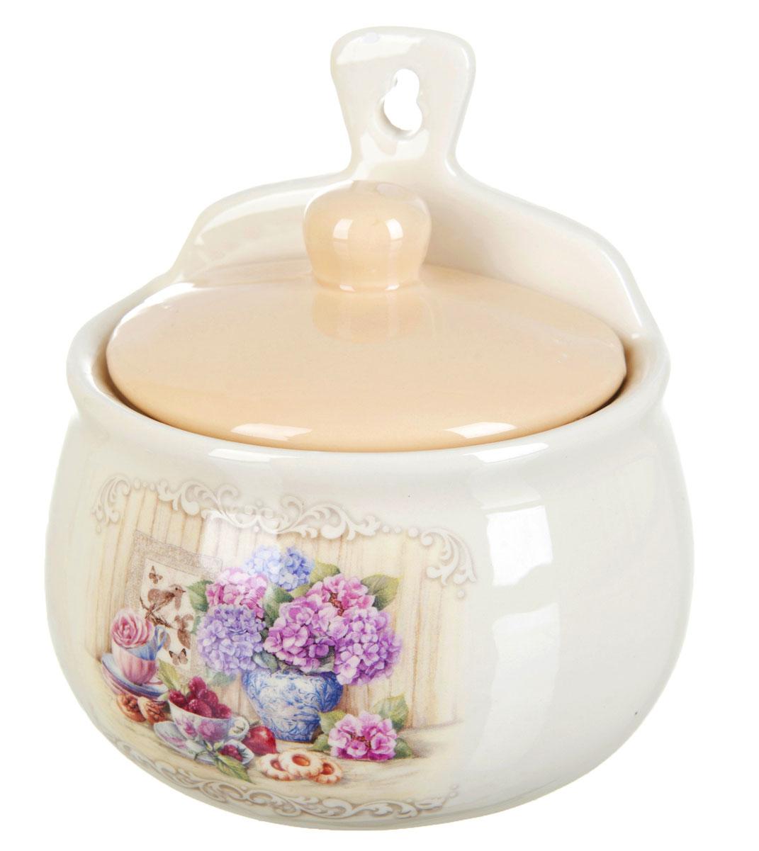 Солонка Polystar Sweet homeL2430846Оригинальная солонка Sweet home изготовлена из высококачественной керамики. Изделие имеет отверстие для подвешивания. Солонка украсит любую кухню и подчеркнет прекрасный вкус хозяина.