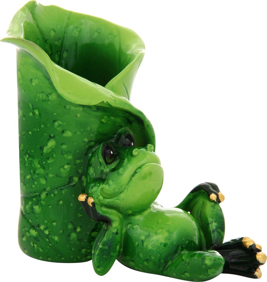 Фигурка декоративная Elan Gallery Лягушка подставка под карандаши, 10 х 10 см870002Декоративные фигурки - это отличный способ разнообразить внутреннее убранство дома, частичка вашей индивидуальности в облике жилища!