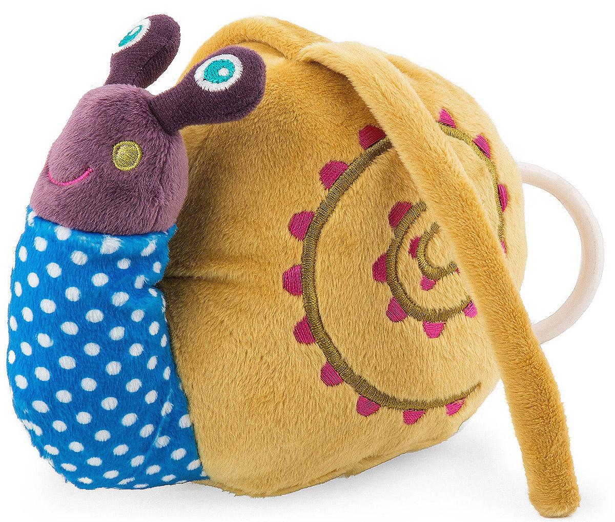 Oops Музыкальная игрушка-подвеска УлиткаO 12002.00_улиткаМузыкальная игрушка-подвеска Oops Улитка изготовлена из мягкого и приятного на ощупь текстиля различных цветов. Если вы потяните за пластиковое кольцо, то малыш услышит негромкую успокаивающую мелодию, которая заменит наскучившие колыбельные и поможет ему заснуть. Игрушка-подвеска крепится к кровати с помощью двух текстильных веревочек. Игрушка-подвеска Oops Улитка развивает слух, моторику, зрительно-цветовое восприятие и обладает релаксирующим воздействием.