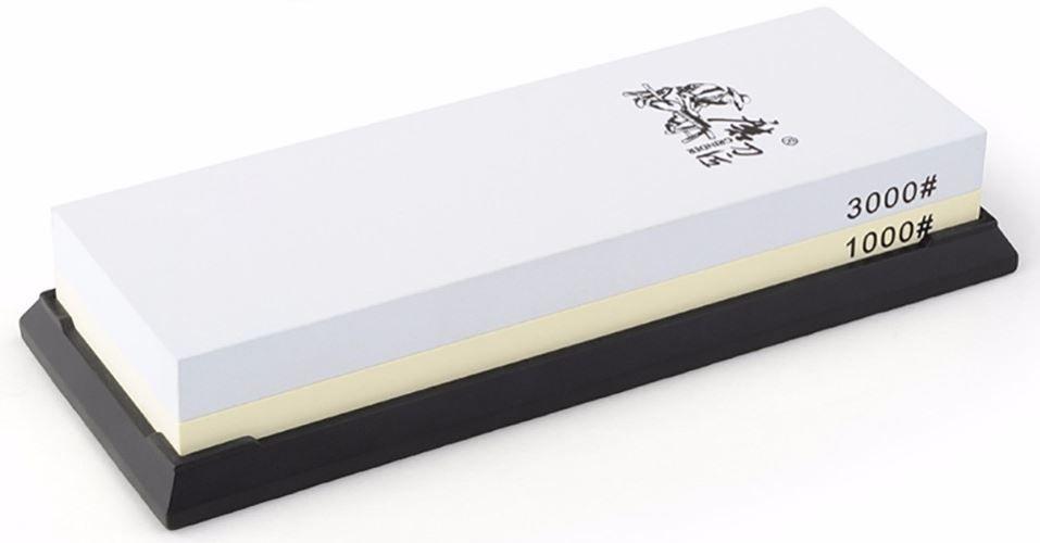 Водный камень (корунд) Ножемир, двухсторонний, доводочный 1000 / 3000 грит. T6310WT6310Wполное название: водный камень (корунд) двухсторонний для заточки изделий из стали бренд: Taidea зернистость, грит: 1000 ; 3000 масса, гр: 583 размер, см: 19 х 7 х 3,3 упаковка: картонная коробка размер упаковки, см: 20,5 х 7,8 х 3,7 масса в упаковке, гр: 645