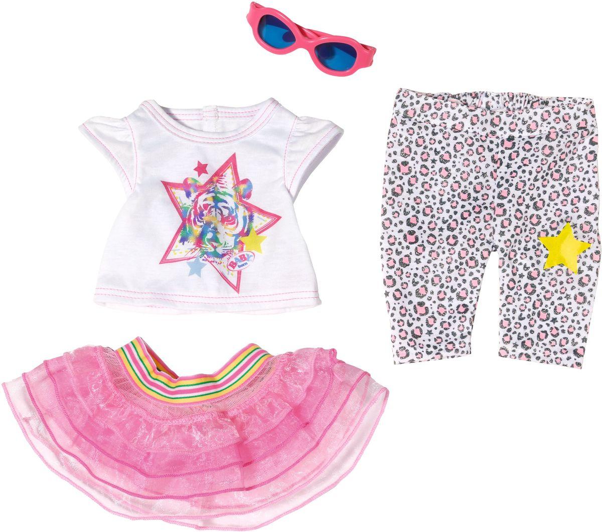 Baby Born Одежда для кукол Для прогулки822-241Одежда предназначена для куклы Baby Born высотой 43 см. В набор входят футболка, леггинсы, юбочка и солнечные очки.