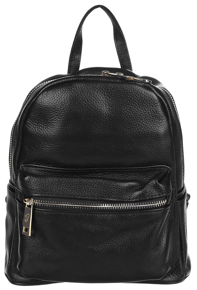 Рюкзак женский Labbra, цвет: черный. L-85028L-85028Стильный женский рюкзак Labbra выполнен из натуральной кожи с зернистой фактурой. Рюкзак имеет одно основное отделение, которое закрывается на застежку-молнию. Внутри находятся прорезной карман на застежке-молнии и накладной открытый карман. Снаружи, на передней стенке находится накладной объемный карман на застежке-молнии, по бокам - накладные открытые карманы. Рюкзак оснащен лямками регулируемой длины и ручкой для переноски в руке.