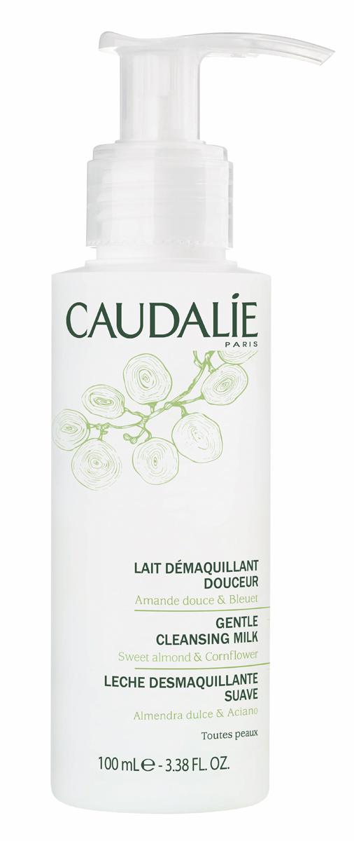 Caudalie Мягкое очищающее молочко, 100 мл146Бархатное молочко Caudalie очищает и нежно снимает макияж даже с самой чувствительной кожи лица и глаз. Благодаря активным питающим и успокаивающим компонентам, которым богато молочко, оно защищает кожу от сухости и дарит ей моментальное ощущение комфорта на долгое время. Кожа становится увлажненной, чистой и нежной. Формула молочка на 98,8% состоит из ингредиентов натурального происхождения. Характеристики: Объем: 100 мл. Артикул: 146. Производитель: Франция. Товар сертифицирован.