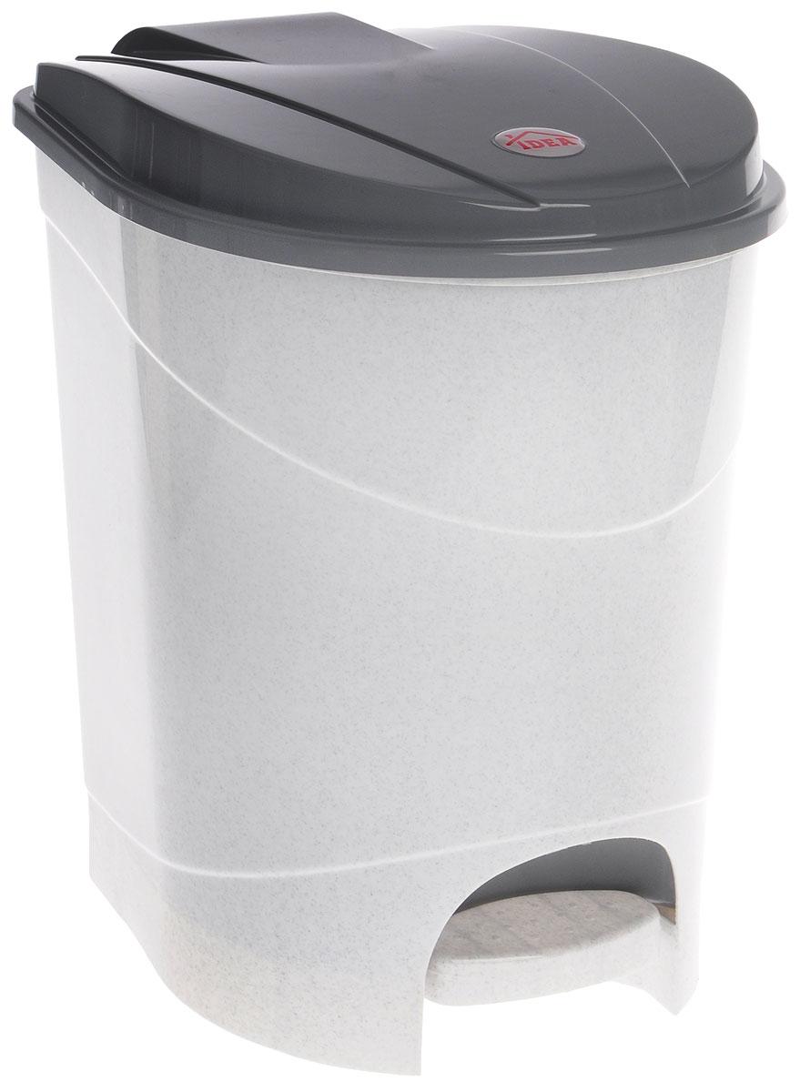 Контейнер для мусора Idea, с педалью, цвет: мраморный, 19 лМ 2892Мусорный контейнер Idea, выполненный из прочного полипропилена, оснащен педалью, с помощью которой можно открыть крышку. Закрывается крышка практически бесшумно, плотно прилегает, предотвращая распространение запаха. Внутри пластиковая емкость для мусора, которую при необходимости можно достать из контейнера. Интересный дизайн разнообразит интерьер кухни и сделает его более оригинальным. Размер контейнера: 31 х 31 х 39,5 см.