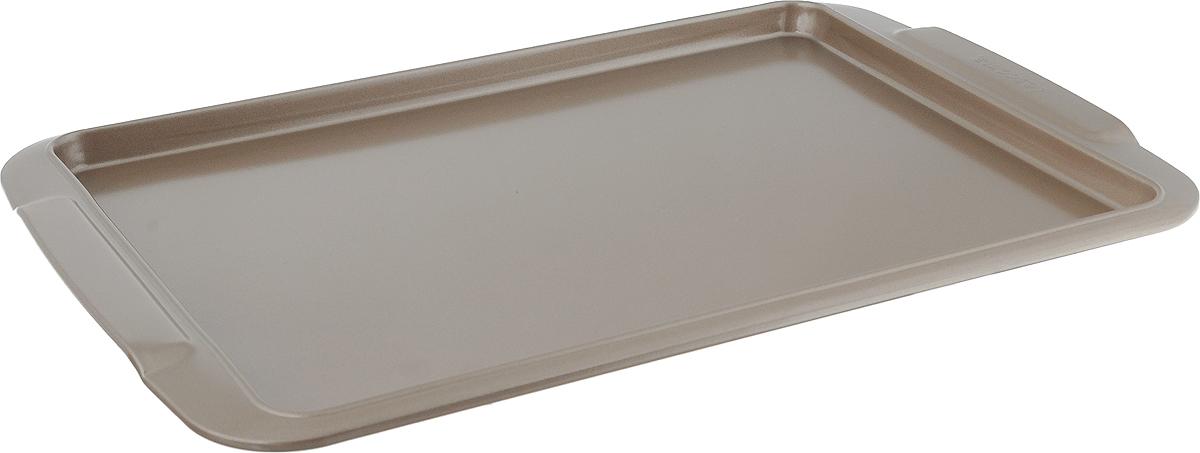 Противень для выпечки Tescoma Gold, прямоугольный, с антипригарным покрытием, 33 x 24 см623510Противень Tescoma Gold, выполненный из высококачественной нержавеющей стали с антипригарным покрытием, идеально подойдет для приготовления домашней выпечки. Технология антипригарного покрытия способствует оптимальному распределению тепла. Противень легко чистить и мыть. Подходит для использования в духовом шкафу, на электрических и газовых плитах. Размер противня (с учетом ручек): 38,2 х 26 х 2 см. Внутренний размер противня: 33 х 24 х 1,5 см.
