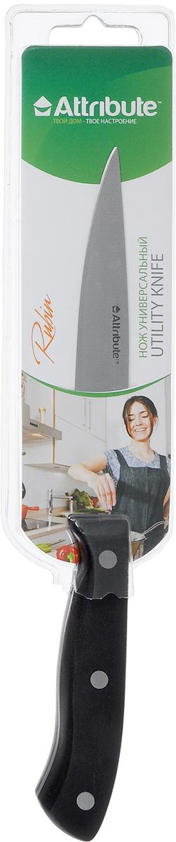 Нож универсальный Attribute Knife Rubin, длина лезвия 12 смAKR113Универсальный нож Attribute Knife Rubin предназначен для нарезки различных продуктов. Лезвие выполнено из высококачественной нержавеющей стали. Эргономичная рукоятка, выполненная из бакелита, не скользит в руках и делает нарезку удобной и безопасной. Благодаря уникальной формуле стали и качеству ее обработки, лезвие имеет высокий показатель твердости, что позволяет ему долго сохранять острую заточку. Нож Attribute Knife Rubin идеально шинкует, нарезает и измельчает продукты. Он займет достойное место среди аксессуаров на вашей кухне. Можно мыть в посудомоечной машине. Длина лезвия: 12 см. Общая длина ножа: 23,5 см.
