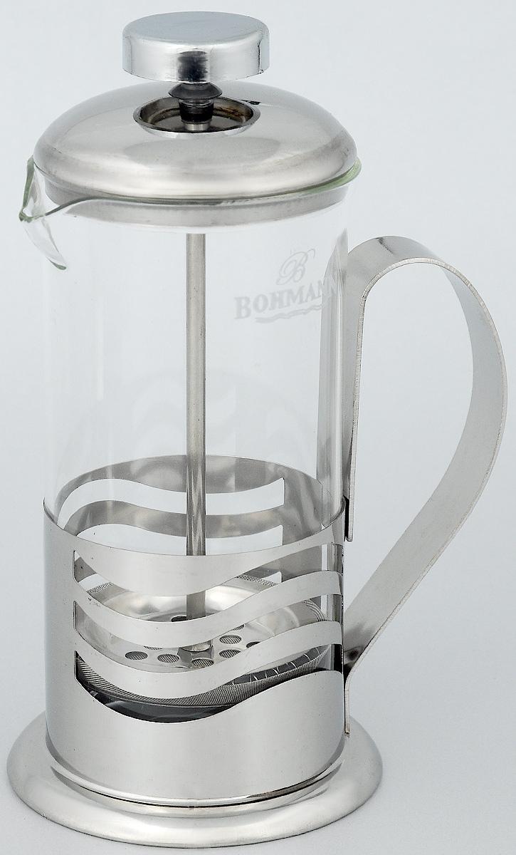 Френч-пресс Bohmann Квадраты, 350 мл. 9535BH9535BH_квадратыФренч-пресс Bohmann используется для заваривания крупнолистового чая, кофе среднего помола, травяных сборов. Изготовлен из высококачественной нержавеющей стали и термостойкого стекла, выдерживающего высокую температуру, что придает ему надежность и долговечность. Френч-пресс Bohmann незаменим для любителей чая и кофе. Можно мыть в посудомоечной машине. Объем: 350 мл. Высота (с учетом крышки): 18 см. Диаметр (по верхнему краю): 7,5 см.