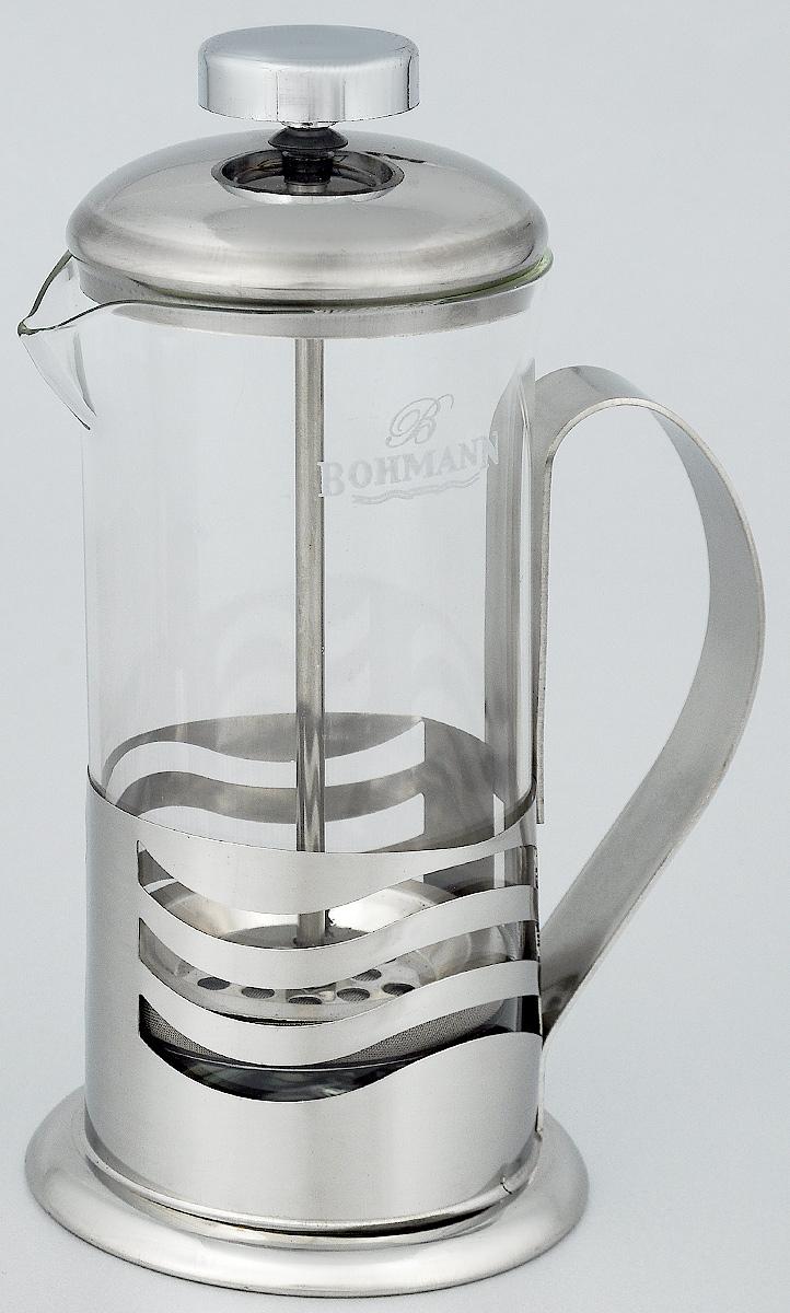 Френч-пресс Bohmann Полосы, 350 мл9535BH_полосыФренч-пресс Bohmann Полосы используется для заваривания крупнолистового чая, кофе среднего помола, травяных сборов. Изготовлен из высококачественной нержавеющей стали и термостойкого стекла, выдерживающего высокую температуру, что придает ему надежность и долговечность. Френч-пресс Bohmann Полосы незаменим для любителей чая и кофе. Можно мыть в посудомоечной машине. Объем: 350 мл. Высота (с учетом крышки): 18 см. Диаметр (по верхнему краю): 7,5 см.