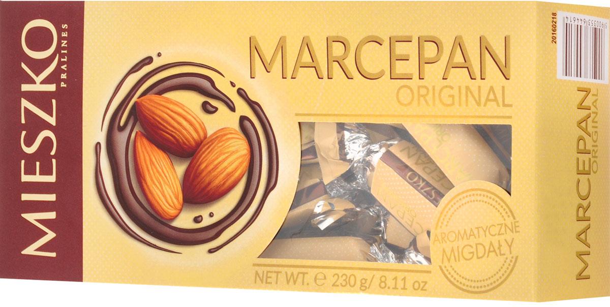 Mieszko Марципан набор шоколадных конфет, 230 г11200Марципановые конфеты со вкусом уже давно обрели широкий круг поклонников. Польская традиция знает весь массив видов марципана и его приготовления, которые приобретают популярность особенно во время праздников, в Пасху, например. Mieszko Marcepan являются оригинальными марципановыми конфетами, смоченными в высококачественном шоколаде - идеальное решение для совместного использования. Нежный вкус миндаля, безусловно, придется по вкусу даже самым требовательным ценителям Уважаемые клиенты! Обращаем ваше внимание, что полный перечень состава продукта представлен на дополнительном изображении.