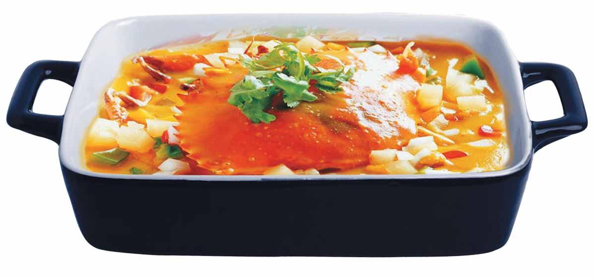 Форма для выпечки Bohmann, прямоугольная, 30 х 17,5 х 5,5 см6404BHБлюдо для выпекания BH/6404 (х12) Нагрев до температуры 220С Подходит для использования в микроволновой, конвекционной печи и духовке. Подходит для хранения продуктов в холодильнике и морозильной камере. Можно мыть в посудомоечной машине. Устойчивый к образованию пятен и не пропускающий запах. В такой форме можно запечь вкусный обед или ужин, и сразу же не перекладывая на другую тарелку поставить на стол. Размер: 30 х 17,5 х 5,5см