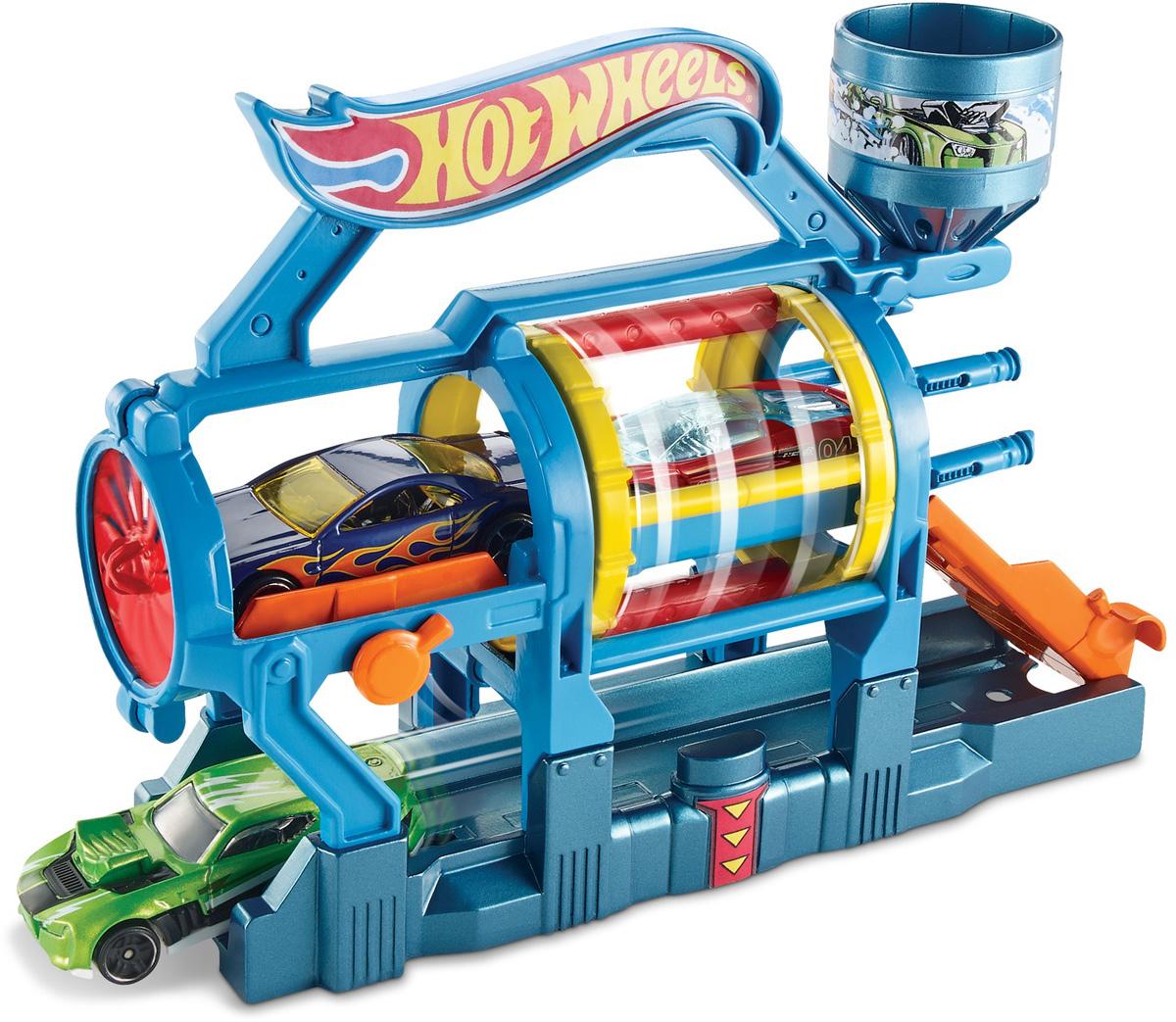 Hot Wheels Игровой набор Турбо автомойкаDWK99_DWL00Игровой набор Hot Wheels Турбо автомойка привлечет внимание вашего ребенка и не позволит ему скучать. В набор входят элементы для сборки турбо автомойки. Поистине грандиозное сооружение, большая турбо автомойка способна моментально вымыть даже самую грязную машину. Любой набор можно соединить с другим трековым набором Hot Wheels. Дети могут коллекционировать наборы и соединять их друг с другом - веселье будет бесконечным! Порадуйте вашего ребенка таким замечательным подарком!