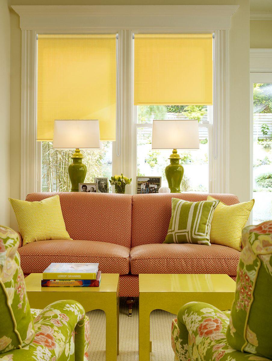 Штора рулонная Эскар Миниролло, цвет: желтый, ширина 48 см, высота 170 см31003048170Рулонная штора Эскар Миниролло выполнена из высокопрочной ткани, которая сохраняет свой размер даже при намокании. Ткань не выцветает и обладает отличной цветоустойчивостью. Миниролло - это подвид рулонных штор, который закрывает не весь оконный проем, а непосредственно само стекло. Такие шторы крепятся на раму без сверления при помощи зажимов или клейкой двухсторонней ленты (в комплекте). Окно остается на гарантии, благодаря монтажу без сверления. Такая штора станет прекрасным элементом декора окна и гармонично впишется в интерьер любого помещения.