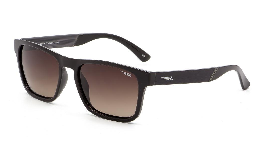 Очки поляризационные мужские Legna, цвет: коричневый. S8600BS8600BСолнцезащитные очки Legna с поляризационными линзами превосходно предохраняют глаза от любого рода вредных бликов и УФ-лучей, что делает вождение безопасным и комфортным. Также очки Legna ничем не уступают самым известным маркам и брендам в эстетической части. Благодаря линзам премиум класса очки Legna прекрасно подходят для повседневной носки, занятий спортом, отдыха и конечно для использования за рулем.