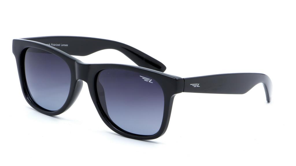 Очки поляризационные Legna, цвет: черный, серый. S8604AS8604AСолнцезащитные очки LEGNA с поляризационными линзами превосходно предохраняют глаза от любого рода вредных бликов и УФ-лучей, что делает вождение безопасным и комфортным. Также очки LEGNA ничем не уступают самым известным маркам и брендам в эстетической части. Благодаря линзам премиум класса очки LEGNA прекрасно подходят для повседневной носки, занятий спортом, отдыха и конечно для использования за рулем.