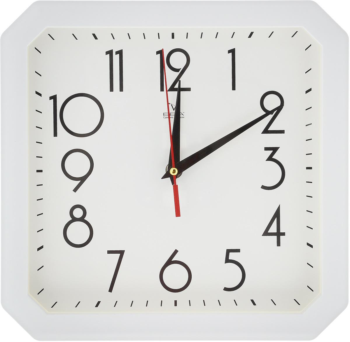 Часы настенные Вега Классика, цвет: белый, 28 х 28 смП4-7/7-81Настенные кварцевые часы Вега Классика, изготовленные из пластика, прекрасно впишутся в интерьер вашего дома. Часы имеют три стрелки: часовую, минутную и секундную, циферблат защищен прозрачным стеклом. Часы работают от 1 батарейки типа АА напряжением 1,5 В (не входит в комплект). Размер часов: 28 х 28 х 4 см.