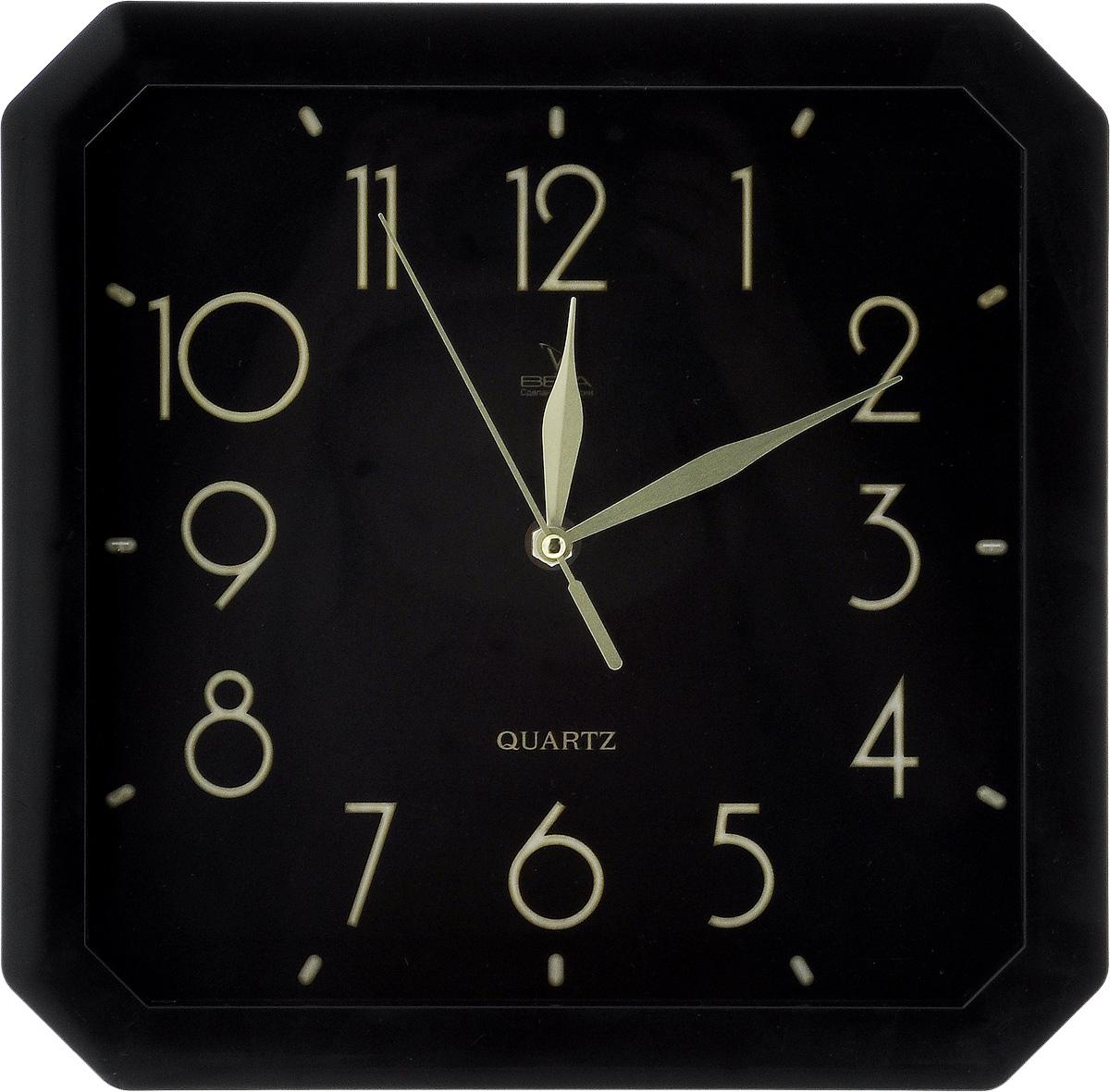 Часы настенные Вега Классика, 28 х 28 см. П4-6/6-74П4-6/6-74Настенные кварцевые часы Вега Классика, изготовленные из пластика, прекрасно впишутся в интерьер вашего дома. Часы имеют три стрелки: часовую, минутную и секундную, циферблат защищен прозрачным стеклом. Часы работают от 1 батарейки типа АА напряжением 1,5 В (не входит в комплект). Прилагается инструкция по эксплуатации.