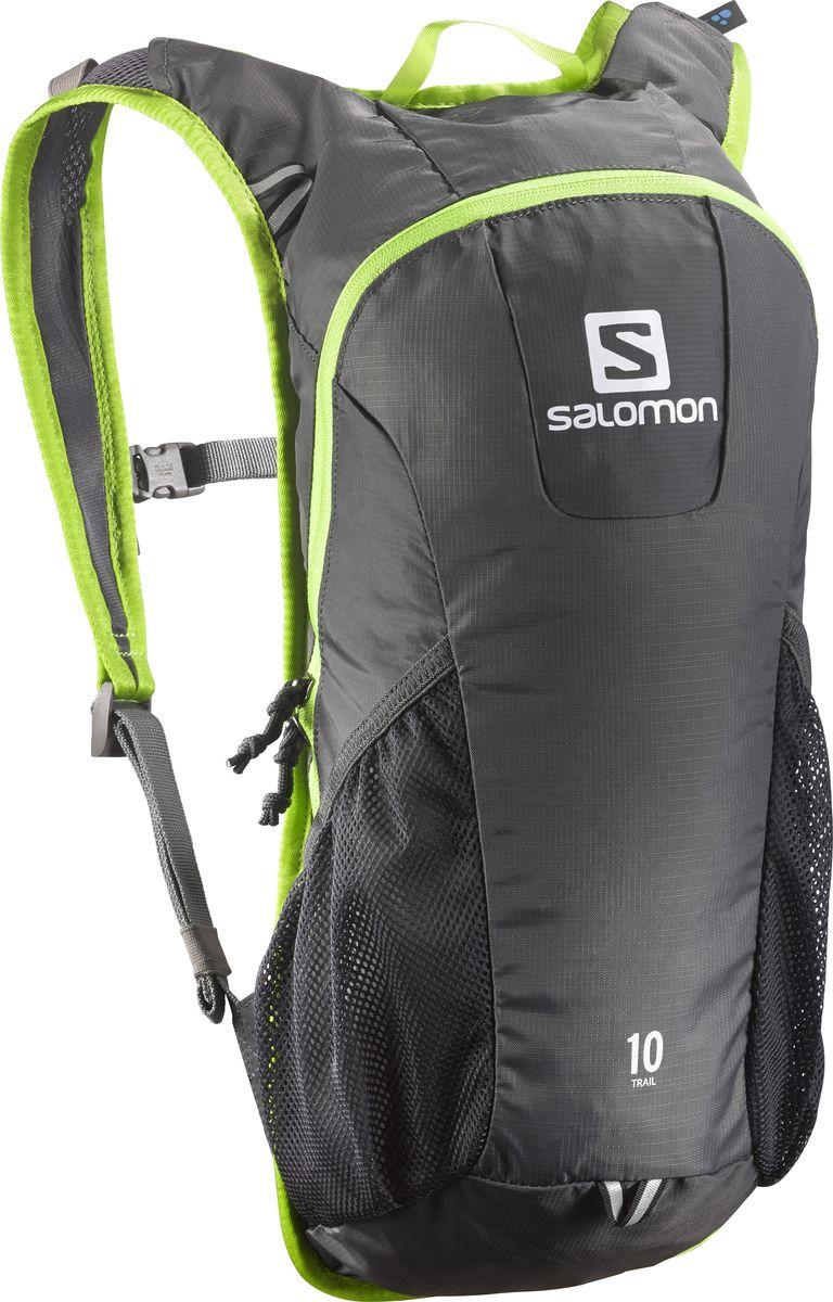 Рюкзак спортивный Salomon Trail 10, цвет: серый, 10 л. L37997800L37997800Рюкзак Salomon Trail 10 выполнен из высококачественного полиамида. Рюкзак имеет одно вместительное отделение и закрывается на застежку-молнию. Рюкзак оснащен мягкими удобными лямками, длина которых регулируется с помощью пряжек. Изделие дополнено удобной ручкой для переноски или подвешивания. На внешней стороне расположены два открытых кармана-сетки. Полюбившийся бегунам рюкзак Trail 10 получил новый обтекаемый силуэт. Сбалансированное распределение нагрузки, простота в использовании, быстрый доступ в основное отделение, удобные набедренные карманы. Идеально подходит для забегов на средние дистанции и однодневных походов по любым маршрутам.