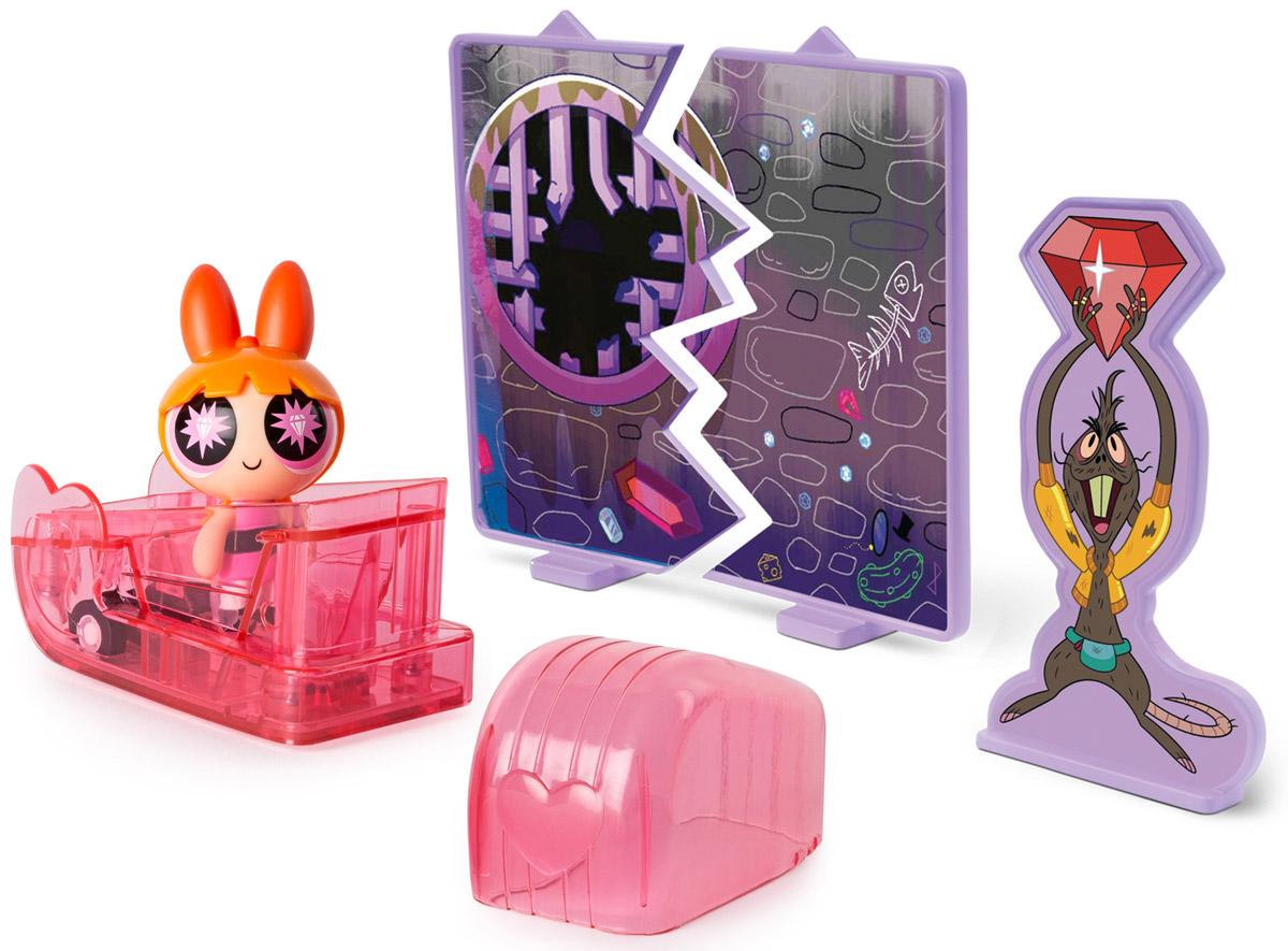 Powerpuff Girls Игровой набор Цветик в машинке22316_ЦветикФигурки Powerpuff Girls - маленькие куколки - героини мультфильма Суперкрошки. В основе сюжета мультфильма лежат приключения необычных девочек, которые стали результатом неудачного опыта профессора Утония, пытавшегося создать идеальную девочку. Но в процессе смешивания различных ингредиентов в смесь попало неизвестное химическое вещество, и итог эксперимента стал неожиданным для ученого: девочки получились вовсе не идеальными, но зато обладающие сверхспособностями! Вероятно, именно поэтому их назвали Суперкрошками. С тех пор невероятные способности помогают девочкам бороться с силами зла, защищая свой город Таунсвилль. Игровой набор Powerpuff Girls Цветик в машинке позволит ребенку разыграть сцену противостояния Суперкрошки с крысой. Набор состоит из фигурки Цветика, декоративного щита, указывающего на место совершения преступления, фигурки крысы и, самое главное, супермашинки, садясь в которую Суперкрошка получает дополнительное преимущество в ...