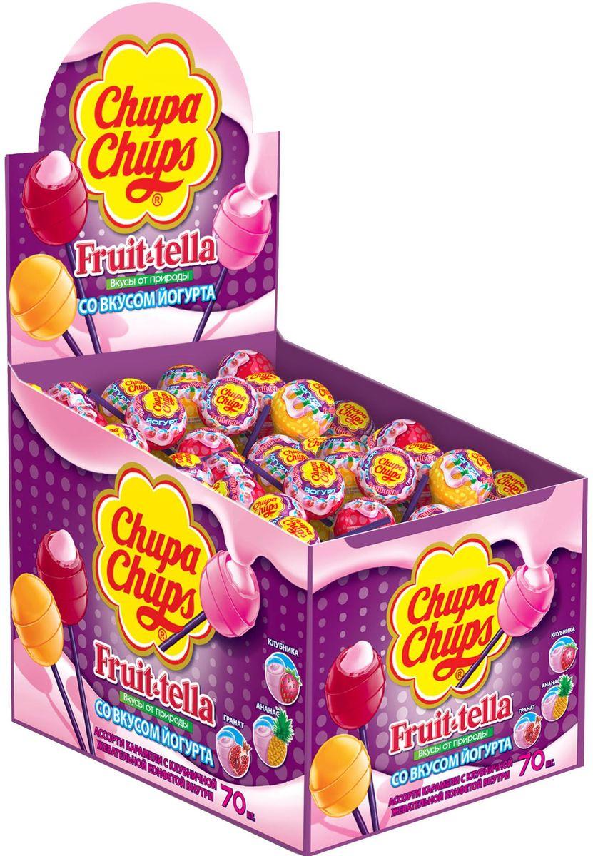 Chupa Chups карамель Fruttella Йогурт ассорти, 70 штук по 17 г8251142Карамель Чупа Чупс + Fruit-tella Йогурт - карамель на палочке с фруктовым соком и жевательной конфетой Фрут-телла внутри. Вкусы: клубника, яблоко, апельсин.