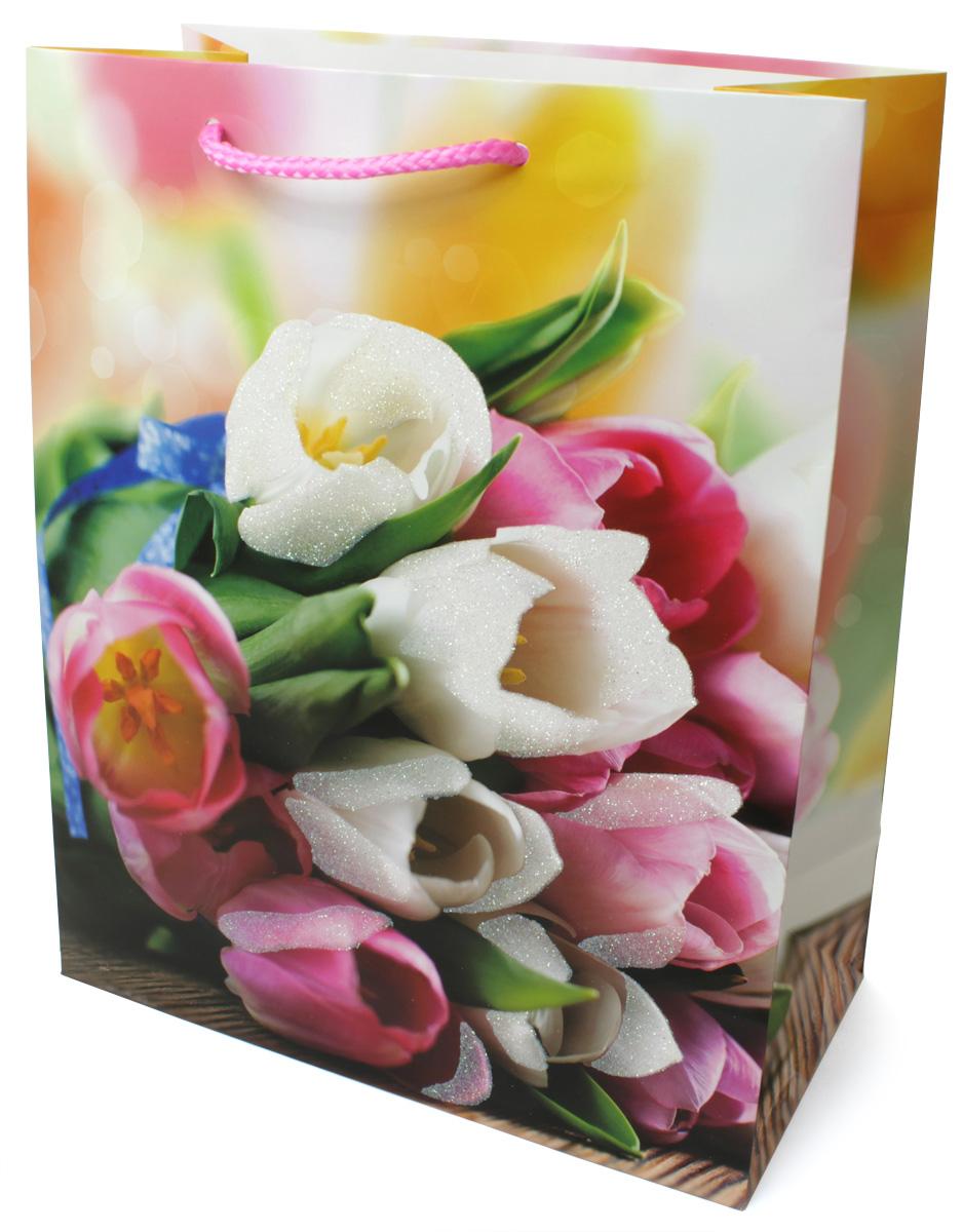 Пакет подарочный МегаМАГ Цветы, 26,4 х 32,7 х 13,6 см. 3063 LP3063 LPПодарочный пакет МегаМАГ, изготовленный из плотной ламинированной бумаги, станет незаменимым дополнением к выбранному подарку. Для удобной переноски на пакете имеются ручки-шнурки. Подарок, преподнесенный в оригинальной упаковке, всегда будет самым эффектным и запоминающимся. Окружите близких людей вниманием и заботой, вручив презент в нарядном, праздничном оформлении.