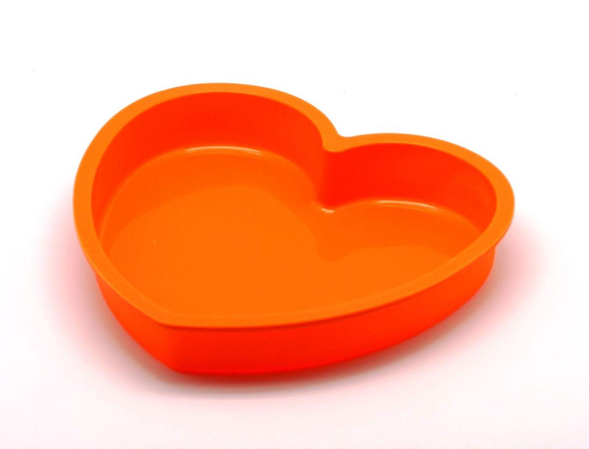 Форма для выпечки Atlantis Сердце, цвет: оранжевый, 23,6 х 22,6 х 3,8 см. SC-BK-017-OSC-BK-017-OФорма для выпечки силиконовая Atlantis — это отличная форма для выпекания пирога, которая сделана из пищевого силикона. Посуда идеально подходит для выпекания различной выпечки, ведь форма предотвращает тесто от «вытекания», при этом, предоставляя возможность с легкостью извлечь готовую выпечку и получить на ней красивый рисунок. Пищевой силикон абсолютно безопасен и не вступает в реакцию с продуктами, а так же не влияет на запах и вкус готового изделия.