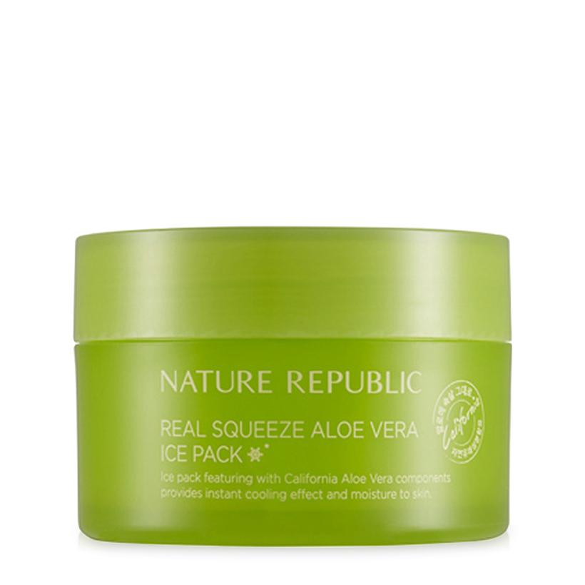 Nature Republic Охлаждающая маска с экстрактом алое вера Real Squeeze Aloe Vera Ice Pack, 100 мл424467Повышает тонус, увлажняет кожу и нормализует чувствительность, снимает ощущение жжения, зуд, которые характерны для чувствительной кожи. Увлажняет кожу и формирует на ее поверхности влагоудерживающую пленку, способствует восстановлению гладкости кожи. Маска обильно увлажняет и насыщает ее микро и макро-элементами, способствует охлаждению кожи, благодаря чему эффективно устраняет раздражение и покраснение кожи. Храните маску в холодильнике!