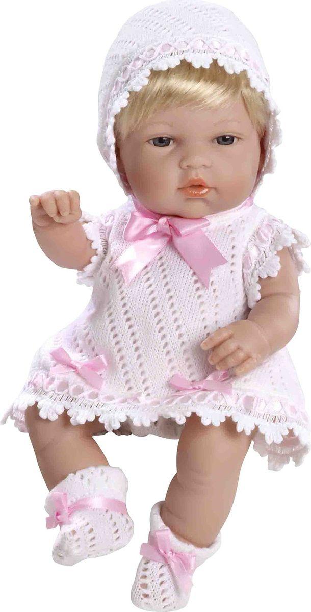 Arias Пупс цвет одежды белый розовый 33 см Т59268Т59268Изготовлено в Испании! Куклы Arias - это сочетание долгой семейной традиции, красивого дизайна и стремления к совершенству! Талантливые мастера испанской фабрики Arias создали премиальную коллекцию кукол под названием Elegance (Элеганс) - коллекцию, вдохновленную самой нежностью и элегантностью. Весь процесс производства Elegance взлелеян с величайшей заботой, начиная от момента идеи дизайна и тщательного выбора самых натуральных материалов, до создания разнообразных кукольных лиц высочайшей детализации. Благодаря сочетанию высокого качества и ручной работы куклы Aries являются лучшими в своем роде! Светловолосая кукла размером 33см одета в сатиновое розовое платье с отделкой трикотажем и атласом. Винил, использованный при производстве кукол, плотный и приятный на ощупь; он обработан так, что каждая складочка и морщинка выглядит очень естественно. Наряд создан из тех же материалов, что и одежда для новорожденных детей. У куклы ручки и ножки подвижны, глазки не закрываются, её...