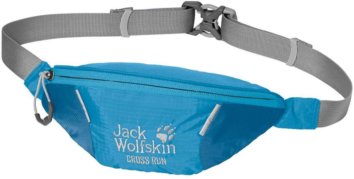 Сумка поясная Jack Wolfskin Cross Run, цвет: голубой. 2002412-16512002412-1651Маленькая поясная сумка для занятий спортом оснащена одним отделением на молнии. Регулируется в объеме при помощи ремешка с фастексом.
