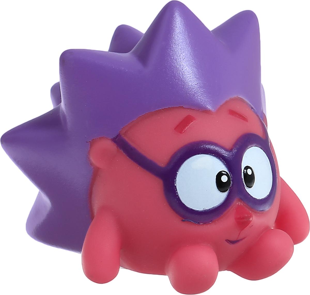 Смешарики Игрушка для ванной Ёжик1170129_ёжикИгрушка для ванной Смешарики Ежик превратит купание вашего малыша в интересную и веселую игру. Герой любимого мультфильма выполнен из высококачественного безопасного материала. С такой игрушкой вы вместе с вашим ребенком сможете придумать бессчетное количество веселых игр и историй. Ежик умеет произносить 5 фраз из мультфильма! Игрушка способствует развитию внимательности, мелкой моторики рук, воображения, зрительного восприятия.