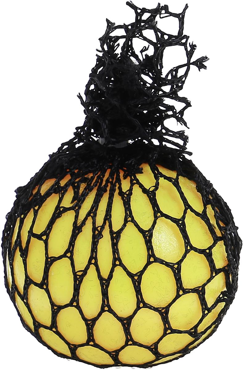 Family Fun Стрессбол Жмяка Мини цвет желтый оранжевый STB999STB999_желтый, оранжевыйСтрессбол Family Fun Жмяка Мини создан специально для того, чтобы снизить негативную энергию, накопившуюся в человеке, за день. Жмяка выполнена из резины, благодаря чему имеет упругую форму, которая приходит в свой первоначальный вид после сжатия. Напряжение некоторых точек, расположенных на ладони и подушечках пальцев, создаваемое при сжатии, положительно влияет на процесс выплеска отрицательной энергии и человек становится спокойнее.