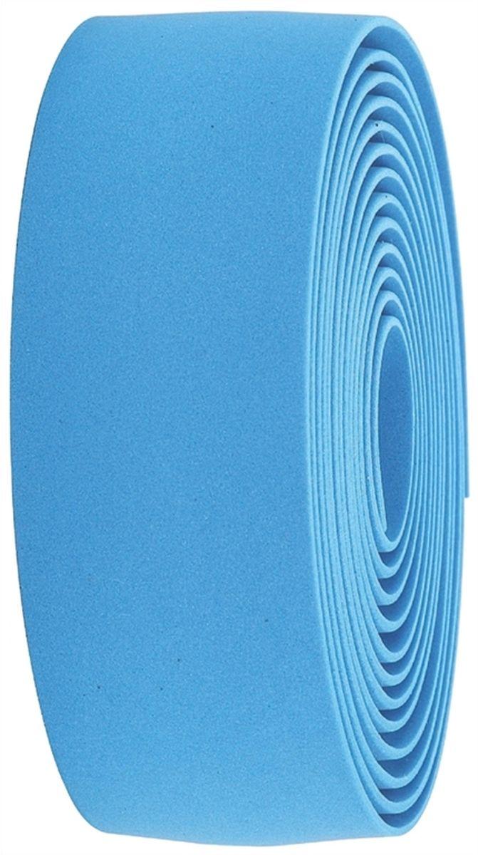 Обмотка руля BBB Race Ribbon, цвет: синийBHT-01Синтетическая пробка высочайшего качества даёт вам крепкий хват и отлично поглощает вибрации. Также доступна в версии из черной/белой синтетической пробки Без слабых мест, в которых обмотка могла бы порваться при интенсивной эксплуатации Каждый рулон содержит достаточно ленты для того, чтобы обмотать руль любого размера Финишная обмотка и заглушки руля - в комплекте