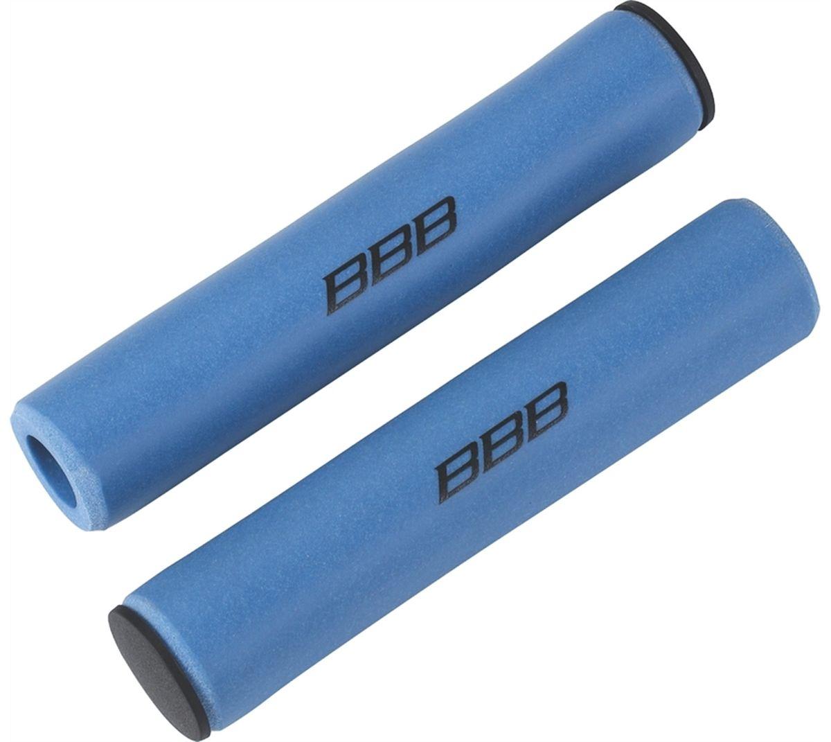 Грипсы BBB Sticky, цвет: синий, 13 см, 2 шт. BHG-34BHG-34Легкие и комфортные грипсы BBB Sticky имеют вибро- и ударопоглощающими свойства. Они предназначены для более удобного управления велосипедом. Силиконовое покрытие обеспечивает прекрасное сцепление с перчатками. Заглушки руля в комплекте. Длина грипс: 13 см. Вес: 49 г.