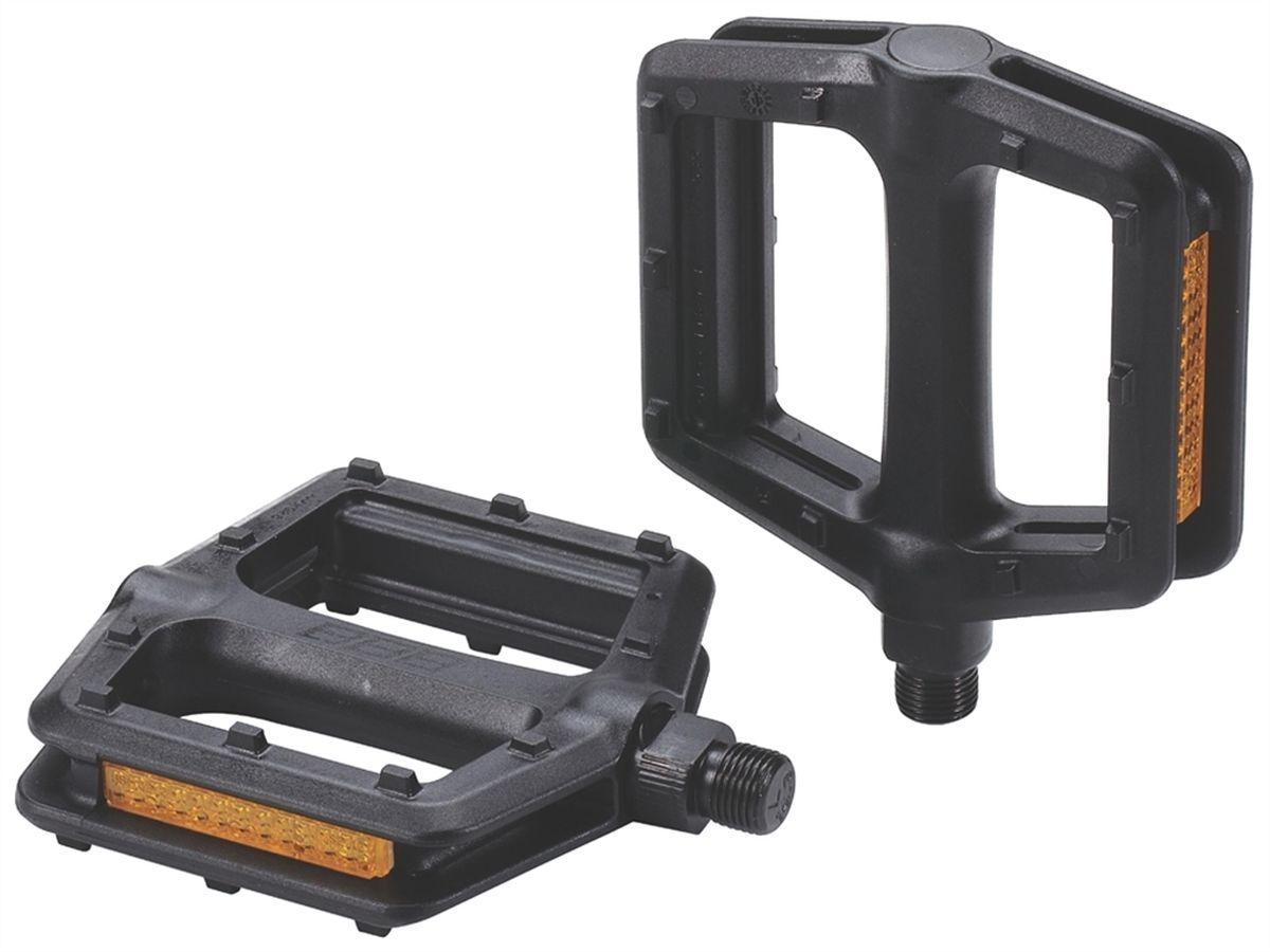 Педали BBB TrailRide, цвет: черный, 2 штBPD-35Цельная конструкция из композитного материала с шипами противоскольжения. Не требующие смазки закрытые подшипники/втулки скольжения и фрезерованная ось из хроммолибденовой стали. Встроенные отражатели с двух сторон для лучшей видимости. Вес: 290 грамм.