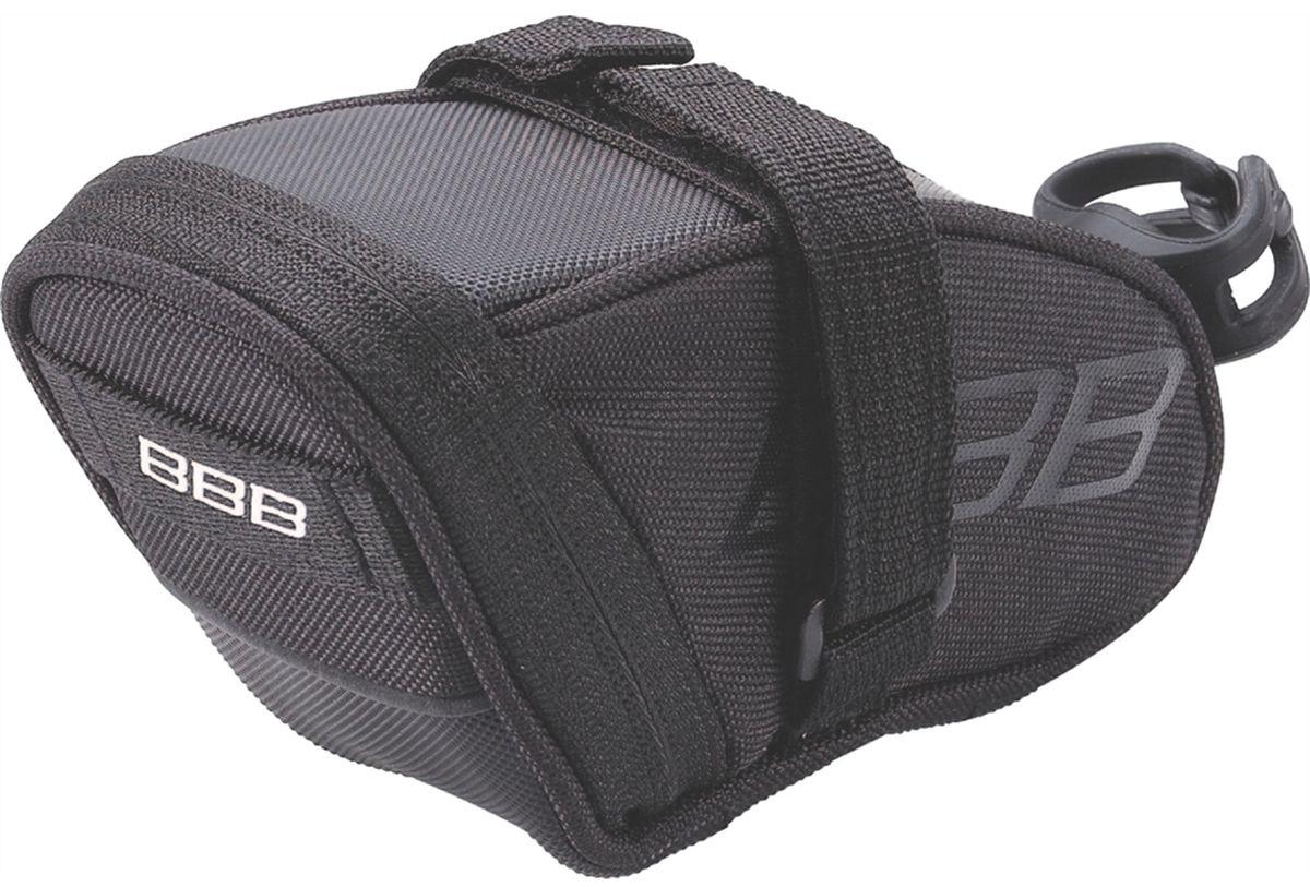 Велосумка под седло BBB SpeedPack, цвет: черный. Размер SBSB-33SВысокотехнологичная подседельная сумка особой формы для оптимального и наиболее естественного расположения под седлом. Синяя подкладка для лучшей видимости содержимого. Молния с фиксатором для дополнительной безопасности и абсолютно бесшумная при езде. Крепление для заднего габарита-LED фонарика. Черная светоотражающая полоска для лучшей видимости. Двойная застежка на липучке для простой и быстрой установки/снятия. Резиновый ремешок крепления к подседельному штырю для надёжной фиксации сумочки и во избежание повреждений лайкровых шорт и подседельного штыря. Размеры: S (360см3)