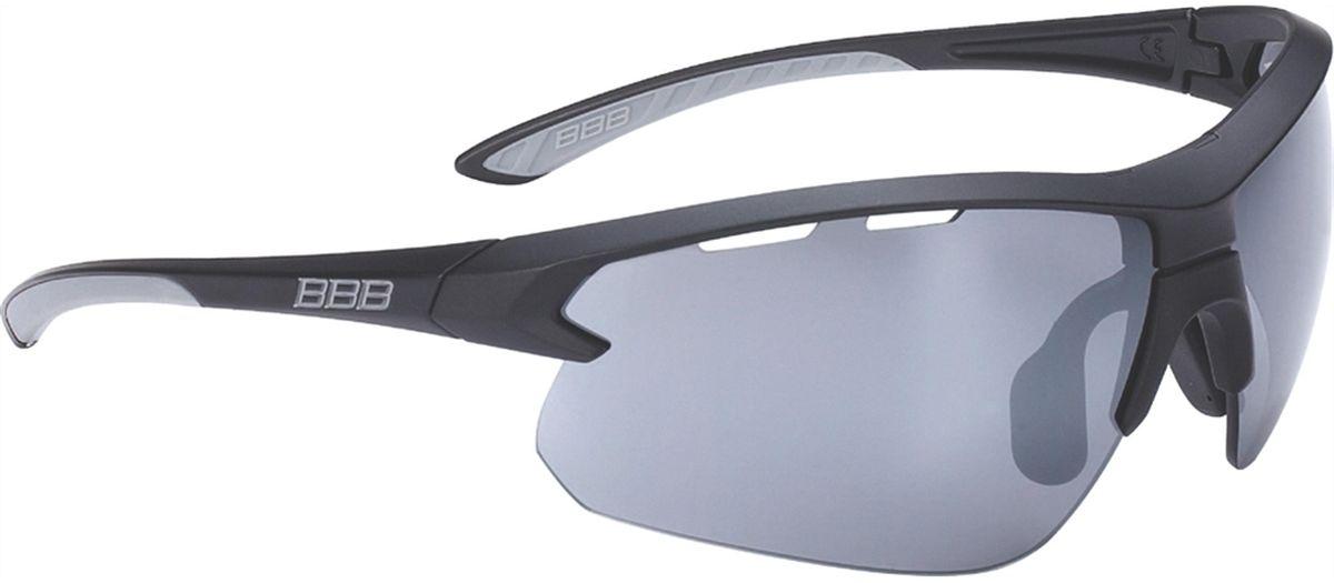 Очки солнцезащитные BBB Impulse Grey Temple Tips PC Smoke Flash Mirror Lenses, цвет: черныйBSG-52Спортивные очки со специальной конструкцией, позволяющей менять линзы в один щелчок. Сменные поликарбонатные линзы с продуманной системой вентиляции. Мягкие наконечники дужек для надёжной и комфортной посадки. Форма линз обеспечивает защиту от солнца, пыли и ветра. 100% защита от ультрафиолета. Высокотехнологичная оправа из материала Grilamid с регулируемой переносицей. Мешочек для хранения в комплекте. В комплекте сменные линзы: прозрачные и желтые.