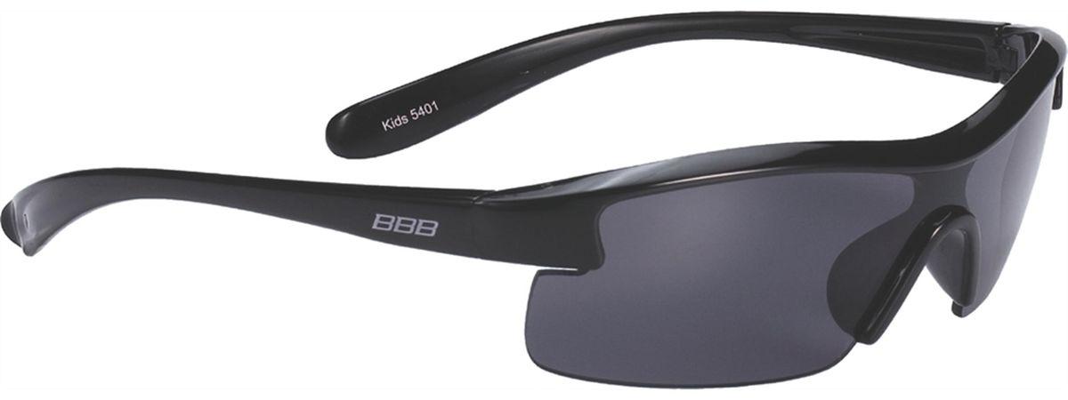 Очки солнцезащитные BBB Kids PC Smoke Lens, цвет: черныйBSG-54Специальные детские очки небольшого размера. Прочная монолитная оправа из поликарбоната. Округлая форма линз обеспечивает защиту от солнца, пыли и ветра. 100% защита от ультрафиолета. Мешочек для хранения в комплекте.