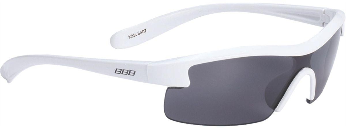Очки солнцезащитные BBB Kids PC Smoke Lens, цвет: белыйBSG-54Специальные детские очки небольшого размера. Прочная монолитная оправа из поликарбоната. Округлая форма линз обеспечивает защиту от солнца, пыли и ветра. 100% защита от ультрафиолета. Мешочек для хранения в комплекте.