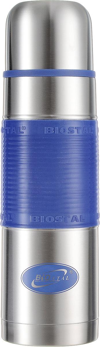 Термос Biostal, цвет: синий, стальной, 0,75 лNB-750 P-BТермос Biostal прост в использовании и многофункционален. Он изготовлен из высококачественной нержавеющей стали. Термос предназначен для хранения горячих и холодных напитков. Изделие имеет удобную нескользящую силиконовую вставку. Удобная пробка с кнопкой позволяет наливать напитки, не отвинчивая пробку.
