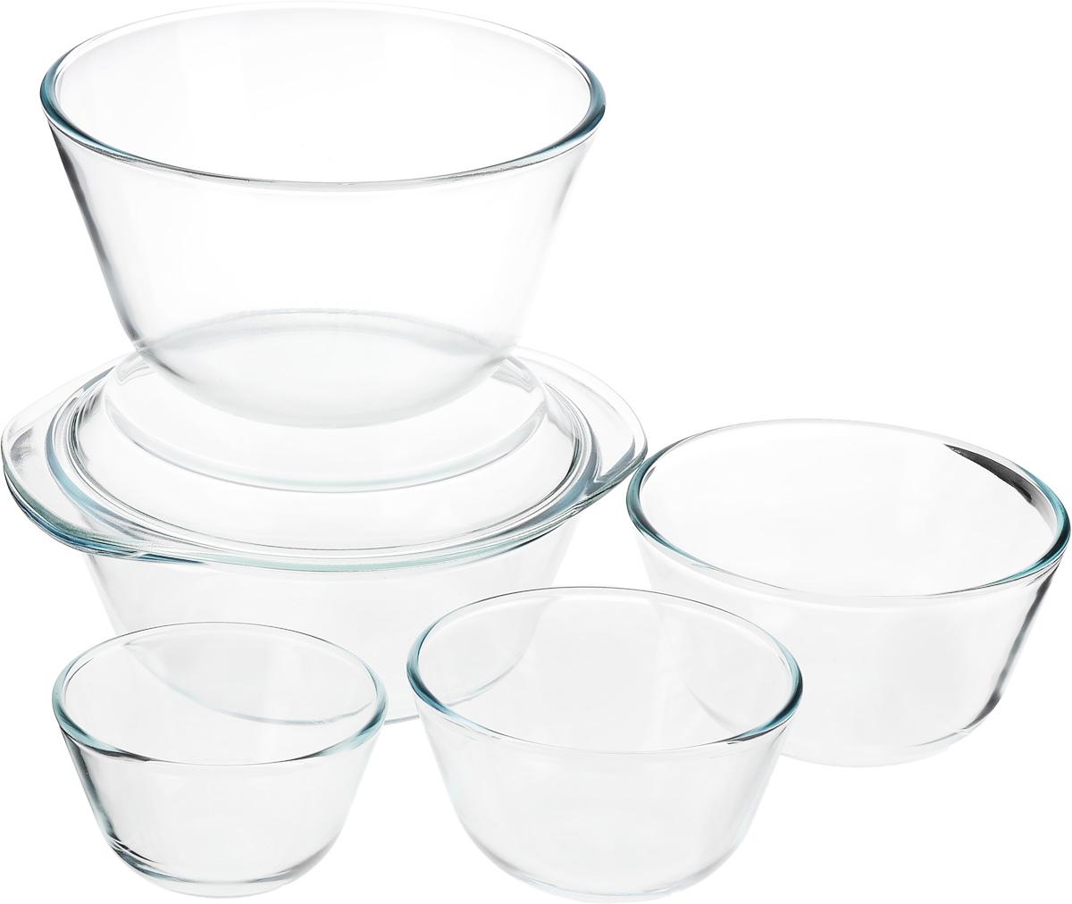 Набор термостойкой посуды Helper Gurman, 6 предметов4544Набор Helper Gurman состоит из четырех мисок и кастрюли с крышкой. Посуда изготовлена из жаропрочного стекла. Стеклянная огнеупорная посуда идеальна для приготовления блюд в духовке, микроволновой печи, а также для хранения продуктов в холодильнике и морозильной камере. Безопасна с точки зрения экологии. Не вступает в реакции с готовящейся пищей, не боится кислот и солей. Не ржавеет, в ней не появляется накипь. Не впитывает запахи и жир. Благодаря прозрачности стекла, за едой можно наблюдать при ее готовке. Изделия оснащены небольшими ручками. Можно мыть в посудомоечной машине. Объем мисок: 400 мл, 650 мл, 1,25 л, 3 л. Диаметр мисок: 11,5 см, 12,5 см, 16 см, 21,5 см. Высота стенки мисок: 6,5 см, 7,5 см, 9 см, 12 см. Объем кастрюли: 2,3 л. Диаметр кастрюли: 22 см. Высота стенки кастрюли: 8,5 см.